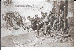 """MILITARIA (14/18) CPA BELGIQUE """"RETRAITE DE MONS : LES BLéSSéS AIDANT D'AUTRES BLéSSéS """" 191? SUPERBE - Guerre 1914-18"""