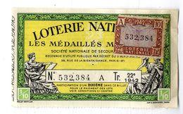 BILLET DE LOTERIE  NATIONALE  AVEC VIGNETTE 1942 - Lottery Tickets