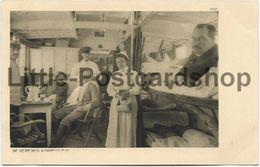 Foto AK Im Vereinslazarettzug Ca. 1915 Ostpreussenhilfe Lazarett Eisenbahn Zug Rotes Kreuz - Guerra 1914-18