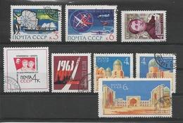 RUSSIE / URSS Année 1963 / Vrac De 8 Timbres Oblitérés Dont Une Série (2738/2740) - Oblitérés