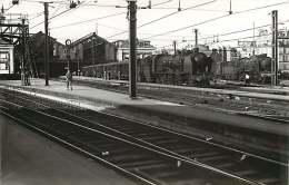 200218 PHOTO VILAIN - 75 PARIS MONTPARNASSE Express Flers Omnibus Dreux - Chemin De Fer Train Locomotive Gare - District 14