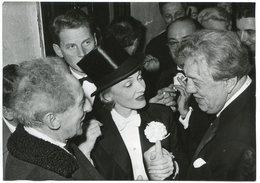 - Photo De Presse - Original - Marlène DIETRICH, Jean COCTEAU, Michel SIMON, J.P AUMONT, 28-11-1959,  Scans. - Personalità