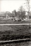 Photo Originale Course D'Autos En DDR Vers 1970 Lada & Skoda Contre Trabant - Auto's