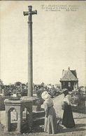PLOUGASNOU  -- La Croix Et La Chaire à Prêcher Du Cimetière                                           -- ND 797 - Plougasnou