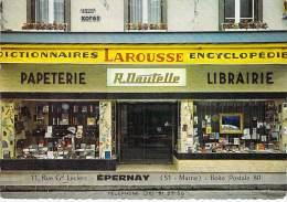 51 - EPERNAY : Beau Plan LIBRAIRIE  R. DAUDELLE 11 Rue   - CPSM Dentelée Grand Format - Marne - Epernay