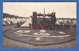 CPA Photo - Camp à Situer - Insigne à Identifier - Vaincre Ou Mourir / Gloire Au Drapeau - Coq Marianne Semeuse Lion WW1 - Guerre 1914-18