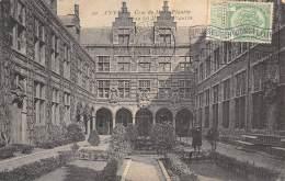 ANVERS - Cour Du Musée Plantin - Antwerpen