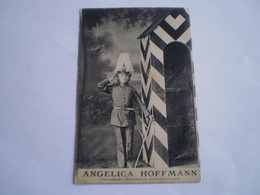 Angelica Hoffmann // Chanteuse Miniature Internationale (as Militairy Guard On Duty) // Used 1911n Tres Rare - Artiesten