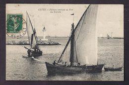 CPA 34 - CETTE - Pêcheurs Rentrant Au Port - La Tourette - TB PLAN Bâteaux + Phare - Sete (Cette)