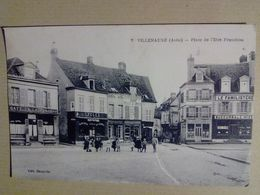 10  VILLENAUXE     PLACE  DE  L  ETRE  FRANCHISE ( CAFE DE LA PLACE-  CYCLES - FAMILISTERE ) - France