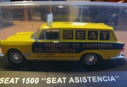 SEAT 1500 SEAT ASISTENCIA EN CARRETERA ALTAYA  VOITURE MINIATURE EN BOITE CRISTAL ECH. 1/43 - Ixo