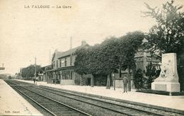 """CPA""""LA FALOISE  """" La Gare - Other Municipalities"""