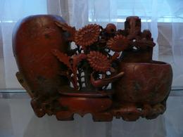 Chine - Grand Porte-pinceau Stéatite Rouge à Motifs Floraux Fin XIXe Début XXe - Asian Art