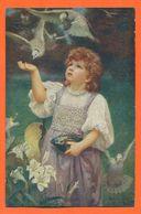 """CPA Relief Imitation Peinture """" Petite Fille Nourissant Des Colombes """" - Paintings"""