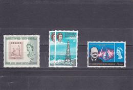 Saint Christophe 1961-66  Neuf  153, 159 Et 181  Timbre Sur Timbre, Phare Et Churchill - St.Kitts-et-Nevis ( 1983-...)