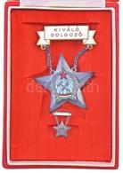 1954. 'Kiváló Dolgozó' Rákosi-címeres Zománcozott Fém Kitüntetés Miniatűrrel Dísztokban, Viselésre Jogosító Igazolvánnya - Unclassified