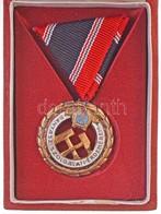 1956. 'Bányász Szolgálati Érdemérem Bronz Fokozata' Zománcozott Br Kitüntetés Dísztokban, Igazolvánnyal T:2 NMK 669. - Unclassified