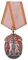 Szovjetunió ~1950-1960. 'Becsület Érdemrend' Jelzetlen Zománcozott Ag Kitüntetés Mellszalagon, Hátoldalán Sorszám (50x33 - Unclassified