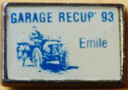 AA..309 )....TRACTEUR/ MACHINE AGRICOLE /.......GARAGE RECUP  93  .......EMILE - Badges