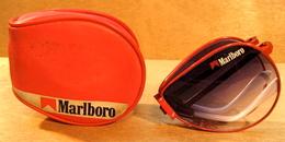 LUNETTE DE SOLEIL PLIABLE MARLBORO ( CIGARETTES ) AVEC ETUI - Objets Publicitaires