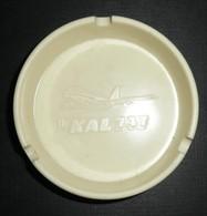 Ancien Cendrier Plastique, Pub Compagnie Aérienne KOREAN AIR, Fly KAL Avion Boeing 747, Frankfurt Seoul - Ashtrays