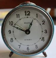 Réveil Ancien Rostov 4 Rubis Made In URSS - Alarm Clocks