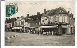 AIX En OTHE ( Aube )  -   Place De L' Hôtel De Ville - France