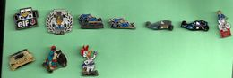 HUILE ELF ESSO IGOL FORMULE 1 MOTO LOT DE 10 PINS ATTENTION REFLET AVEC SCAN PINS EN TRES BON ETAT - Badges