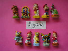 Série Complète De 10 Fèves En Porcelaine - ADIBOU 2008 ( Feve Miniature ) - Cartoons