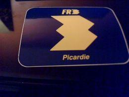 Autocollant Ancien Publicitaire Ancien Logo Chaine Tele  FR3  Picardie - Stickers