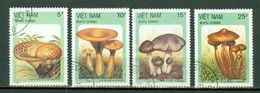 Vietnam 1987 - Mushrooms Yv 848/850, 852, Mi 1876/1878, 1880  (4 Val.) Obl. -  Gebr. - Used - Viêt-Nam