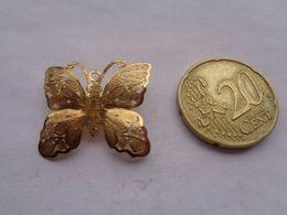 Réf: XXX.           Broche   Papillon - Brooches