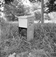 M32 - Alimentation HUITRIC Pour Clôture électrique Agricole - 1960s Négatif Photo Original - Mestieri
