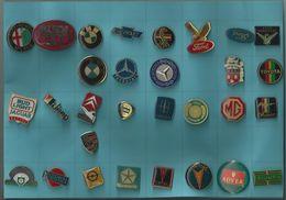 TECHSTAR ALFA ROMEO MILANO BMW FORD COBRA MG PONTIAC  LOT DE 30 PINS ATTENTION REFLET AVEC SCAN PINS EN TRES BON ETAT - Badges