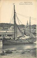 TROUVILLE - Bateau De Pêche Au Port. - Pêche