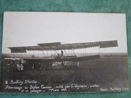 Aterrissage Du Biplan Farman, Monté Par C. Weymann, Aviateur Et Un Passager - Montlhery