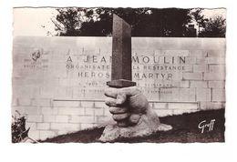 25 Chartres Monument à Jean Moulin Architecte Jean Maunoury Sculpteur Marcel Courbier CPSM PF - Chartres