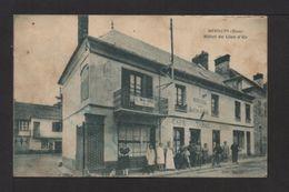 """CPA. Dépt.27. MÉNILLES . Hôtel Du """"Lion D'OR"""" . Animation . - Autres Communes"""