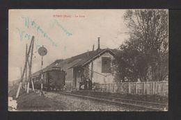 CPA. Dépt.27. PITRES . La Gare. Train . - Francia