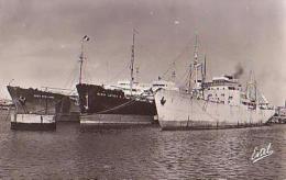 Cargo        553        Le Havre.Cargos à Quai ( Fort Royal , Maria Letizu , ESSO Syracuse ) ( 76 ? ) - Commerce