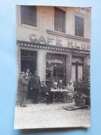 Carte Photo Personnes Devant Façade Café Klopp Belgique Ou France ? - Cafés