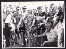 GRANDE PHOTO DE PRESSE ANNEES '70 ** EDDY MERCKX Et MAERTENS ** 15 X 11 - En Flandres Occidentales - Wielrennen