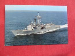 U.S.S. Stark  FFG-31 Guided Missle Frigate   Ref 2851 - Warships