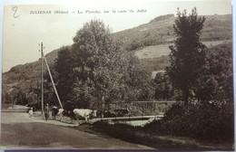 LA PLANCHE SUR LA ROUTE DE JULLIÉ - JULIÉNAS - Julienas
