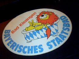 "Autocollant Ancien Publicite Ville De Bad Kissingen "" Bayerisches Staatsbad "" Allemagne - Stickers"
