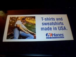 Autocollant Ancien Publicite Vetements T-shirts And Sweet Shirts HANES Usa (bikers) - Stickers