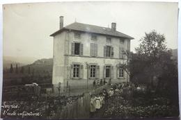 L'ÉCOLE ENFANTINE - LEYNES (CARTE PHOTO) - Frankreich