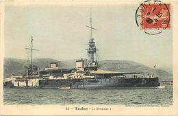 Themes Div - Ref W334- Bateaux - Bateau De Guerre -marine Militaire -  Toulon - Le Brennus *- Carte Bon Etat - - Guerre
