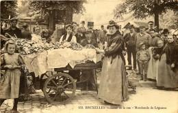 Bruxelles - Marchande De Légumes - Markten