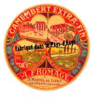 R 121 / ETIQUETTE DE FROMAGE  CAMEMBERT  A  FROMAGE A ST MICHEL DE LIVET  PAR LIVAROT   (CALVADOS ) - Cheese